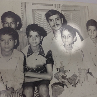 bijender-kumar-and-family-as-a-child.jpg